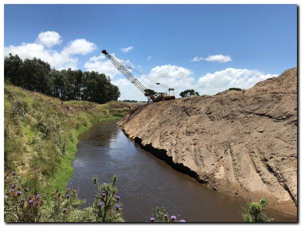 LOBERÍA: Obra hidráulica en la cuenca intermedia Moro-Malacara