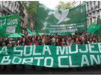 Convocan a una marcha a favor de la legalización del aborto para el miércoles