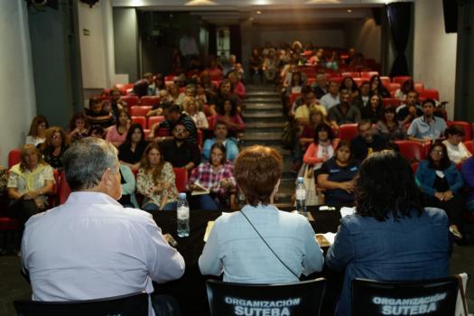 EDUCACIÓN: SUTEBA profundiza la lucha