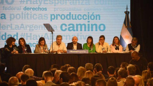 ELECCIONES 2019: Acta del Congreso Nacional del Frente Renovador