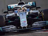 Lewis Hamilton cierra el año a lo campeón