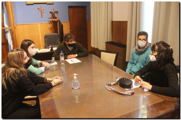 Encuentro de Fioramonti con profesionales por el coronavirus