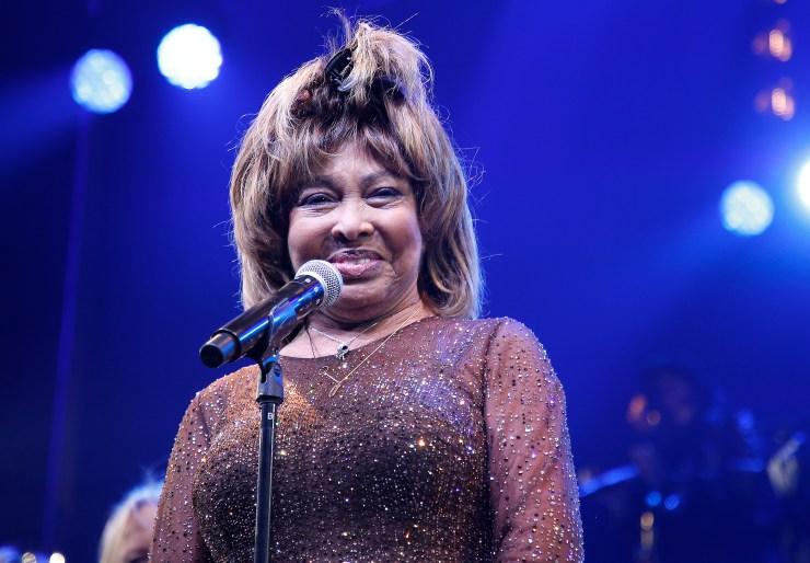 Tina Turner habla de suicidio de hijo en documental Tina | AhoraMismo.com