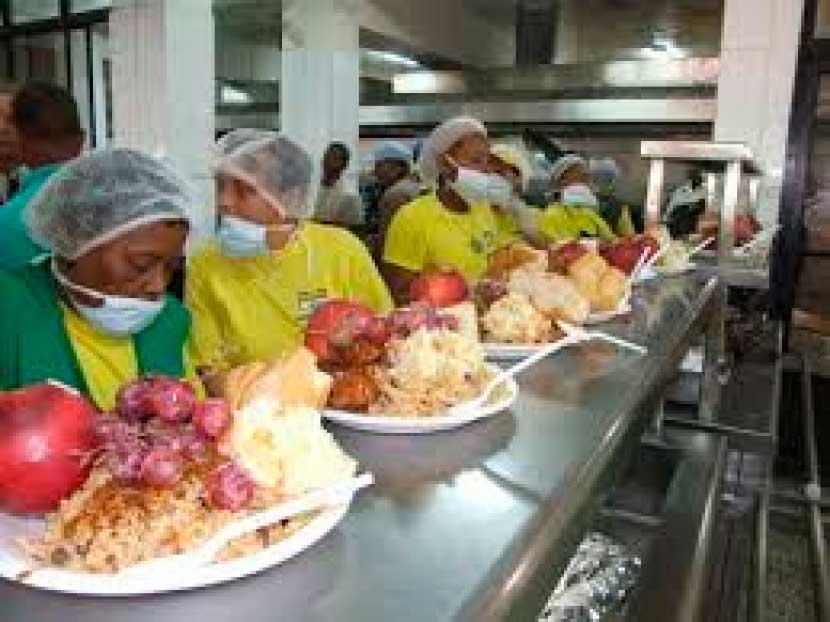 Comedores Económico iniciarán mañana reparto de cena navideña