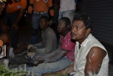 Un muerto y cuatro heridos al desplomarse un edificio en construcción