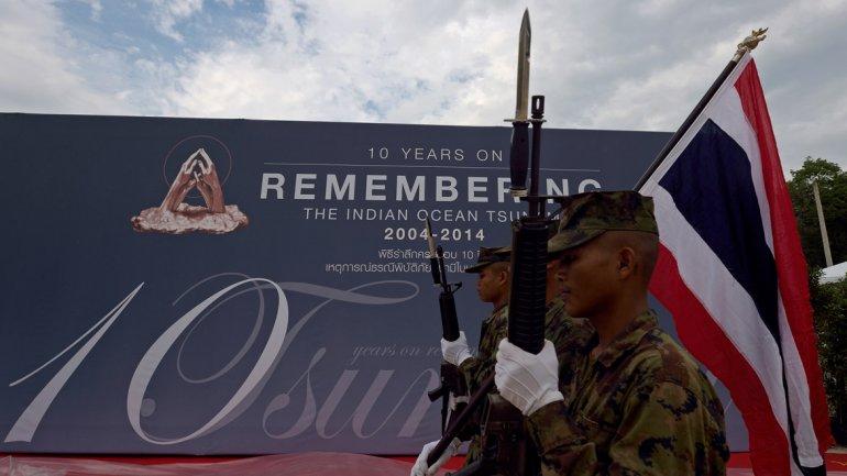 El mundo recuerda el tsunami del 2004 en Indonesia