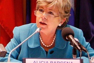 """El 2015 será """"difícil"""" por bajo crecimiento, alerta Cepal en cumbre de Celac"""