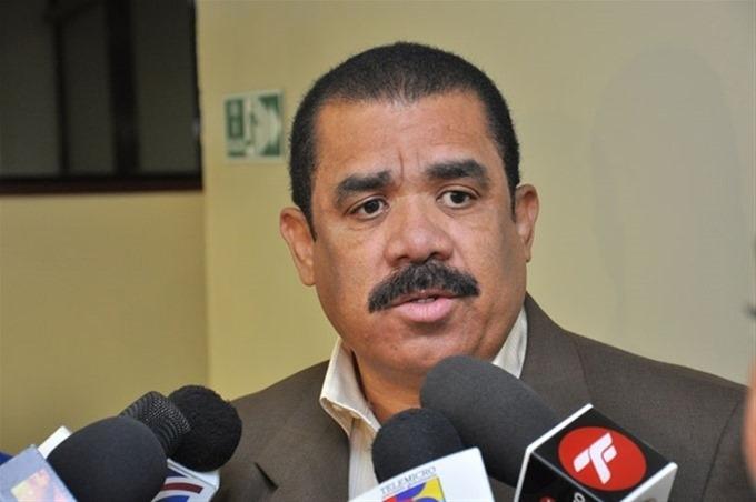 Sánchez Roa afirma que el Senado no está en reelección