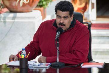 """Maduro exige a empleados públicos votar """"sin excusa"""" por la Constituyente"""