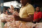La libra de pollo sigue en alza; no se aplica la rebaja en el comercio minorista