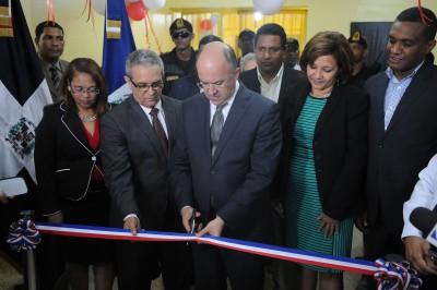 Inauguran segunda etpa del CCR Najayo-Hombres