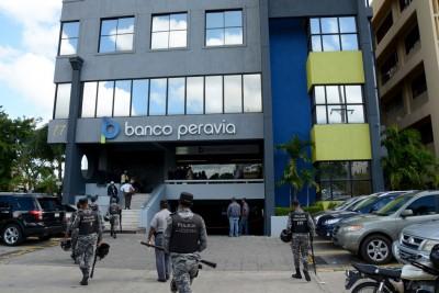 Trancan a cuatro pilotos venezolanos involucrados en el caso Banco Peravia