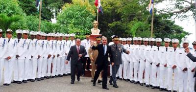Presidente Medina encabezó la graduación de 29 nuevos cadetes de la Policía