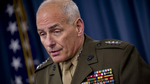 """Jefe militar norteamericano afirma que Venezuela está """"al borde del colapso"""""""