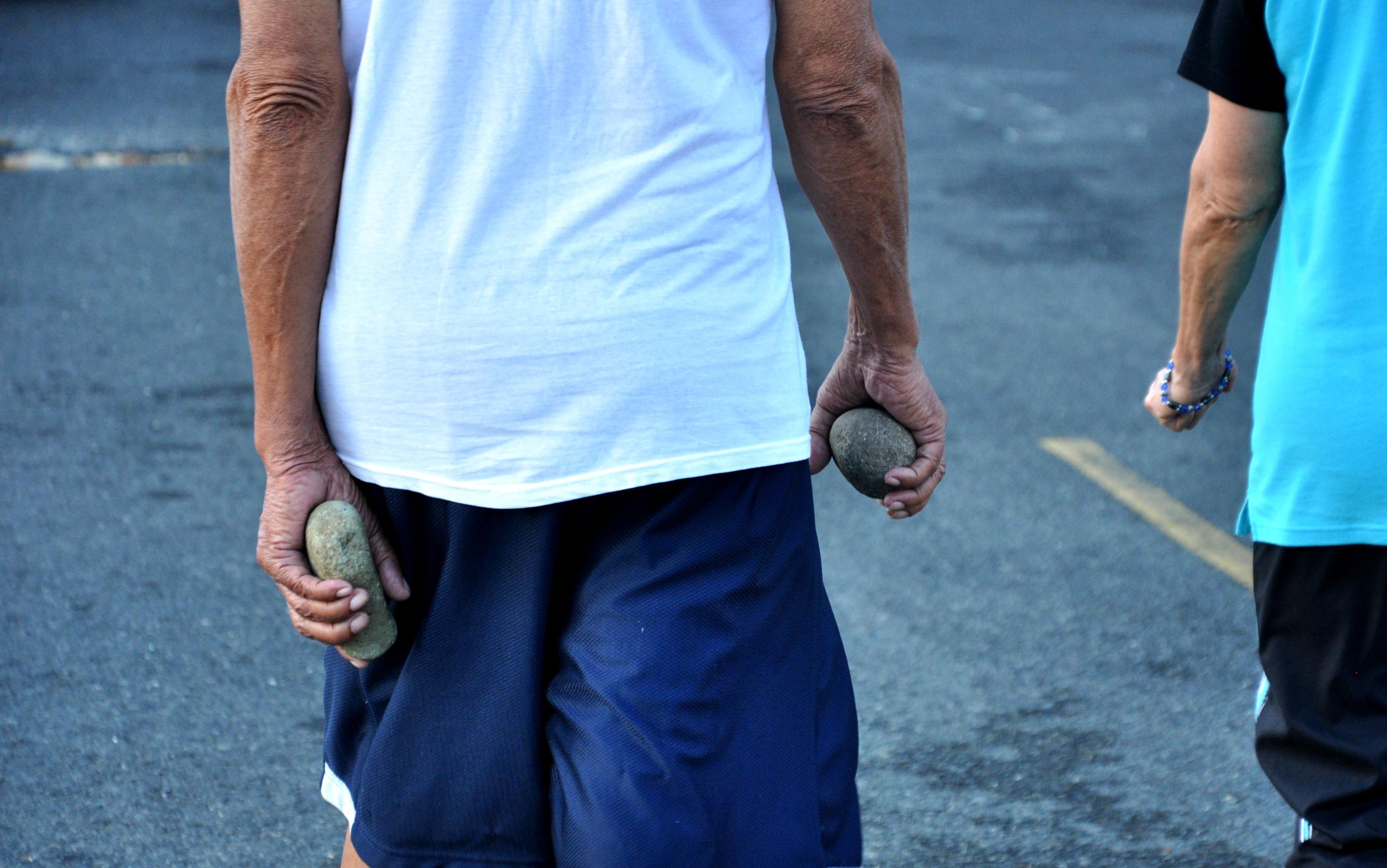 Residente de Los Angeles y Los Peralejos se arman con piedras ante la incesante delincuencia