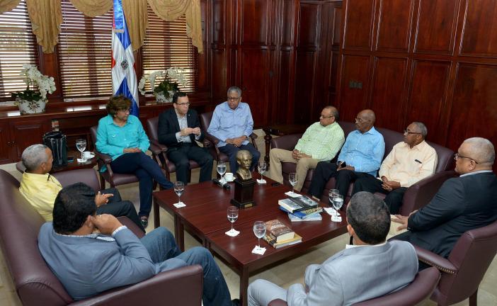 El Gobierno dispuso el retorno de su embajador hacia Haití y la reapertura de las misiones consulares