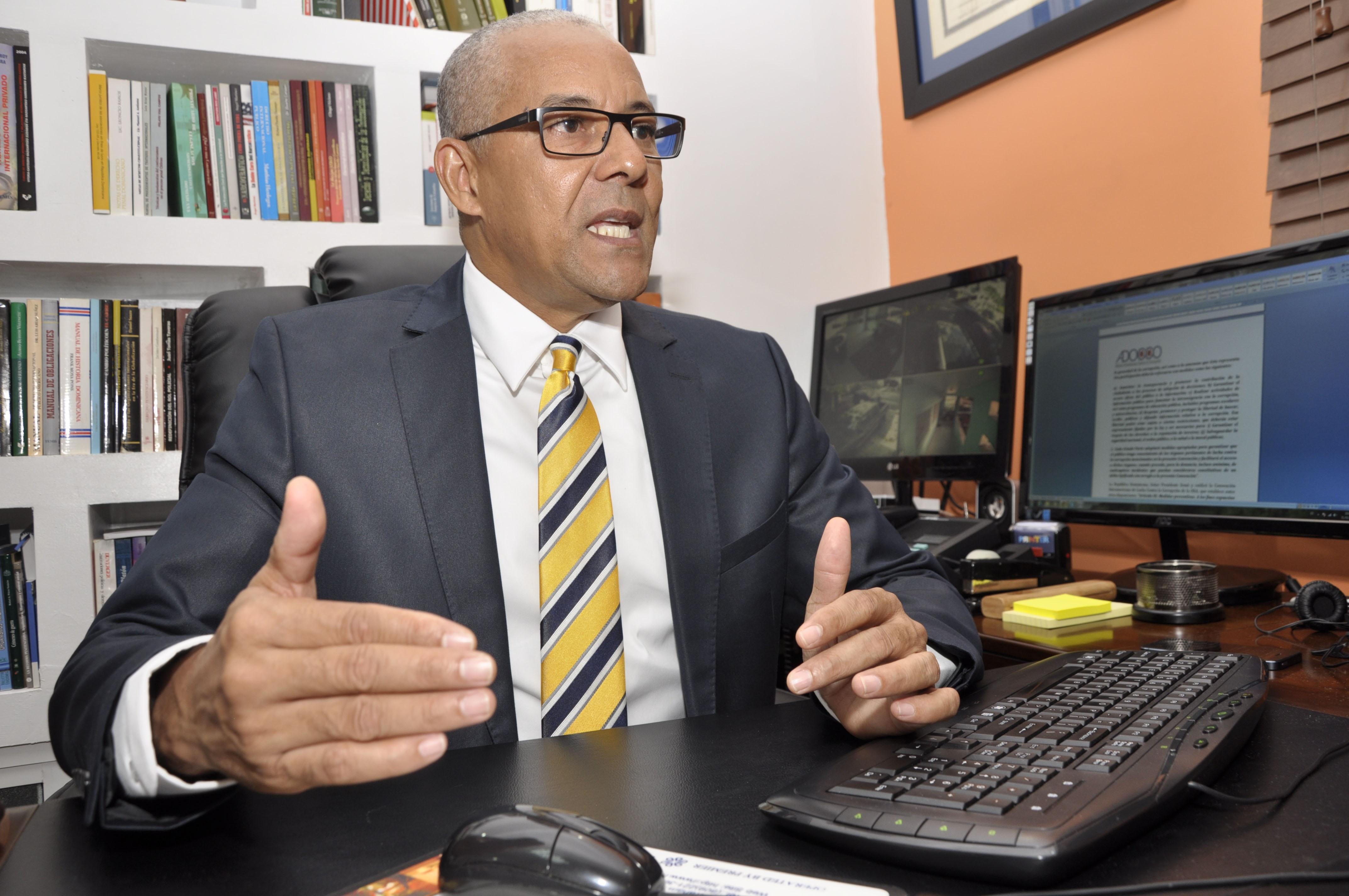 Adoco reitera rechazo a posible modificación constitucional