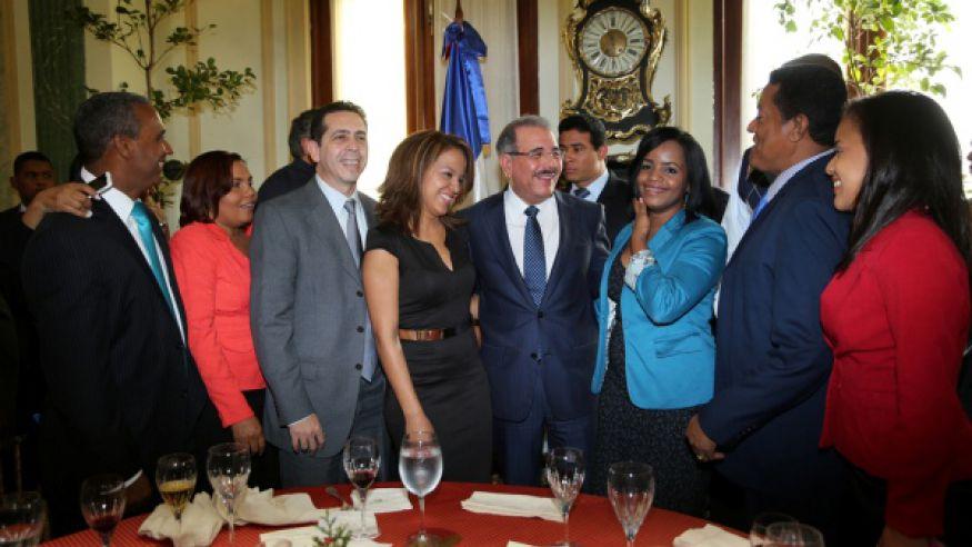 """Presidente Medina felicita a los periodistas """"por su apego a la verdad y honestidad en el oficio"""""""
