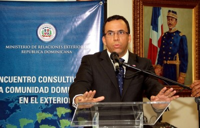 """""""No podemos dialogar con quien nos ataca"""", afirma el canciller Navarro"""