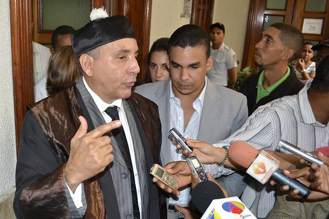 Balcácer acusa al Gobierno de sobornar a legisladores opuestos a la reforma constitucional