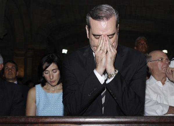 Abinader visitará este lunes al Cardenal López Rodríguez