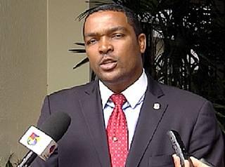 Diputado denuncia buscan eliminar voto preferencial en proyecto Ley de Partidos