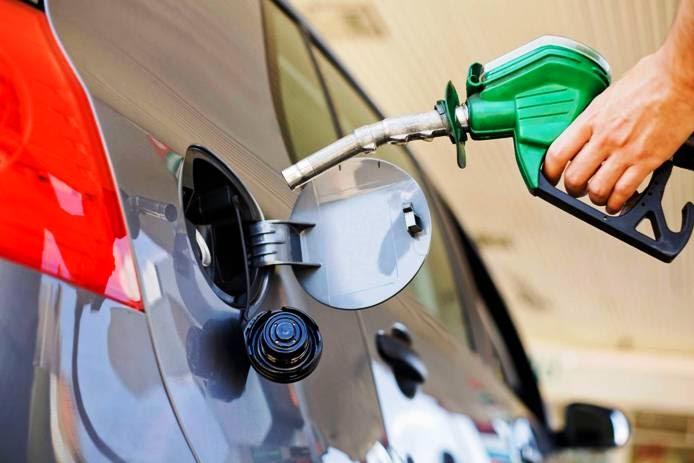 Suben RD$1.40 y RD$2.60 a las gasolinas y mantienen invariables los demás combustibles