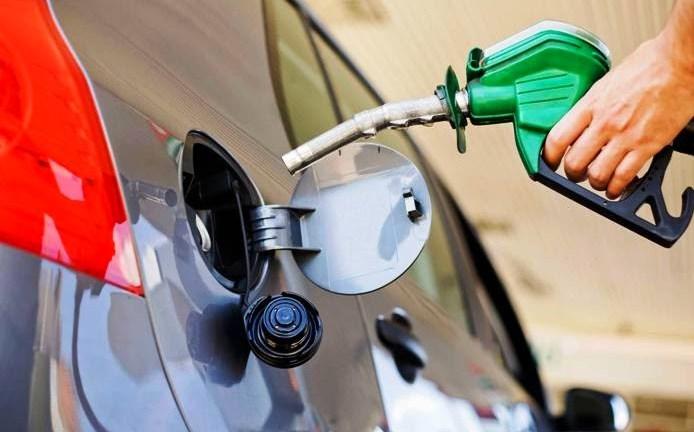 Todos los combustibles bajarán esta semana