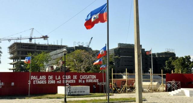 """Le suspenden dos """"picoteos"""" a Félix Bautista en Haití"""