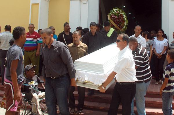 Gran pesar por la muerte de Franchesca. Preocupación ante la escalada de violencia en el país