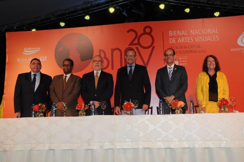 Inauguran la 28 Bienal Nacional de Artes Visuales 2015