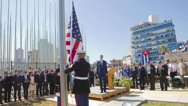 Histórico. La bandera norteamericana ondea en La Habana