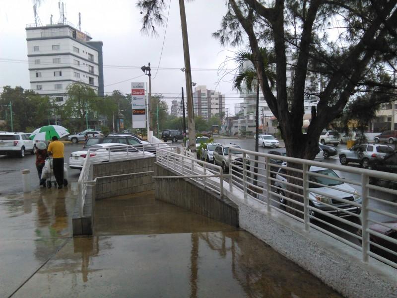 Empieza a llover en la capital…
