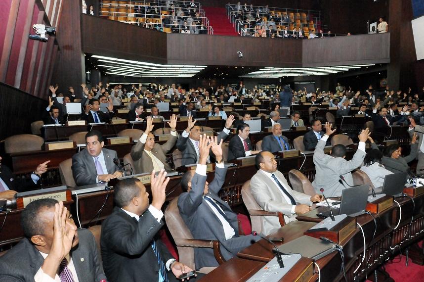 Diputados convierten en ley emisión de bonos por 114 mil millones de pesos
