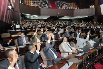 Convierten en ley el Presupuesto del 2016
