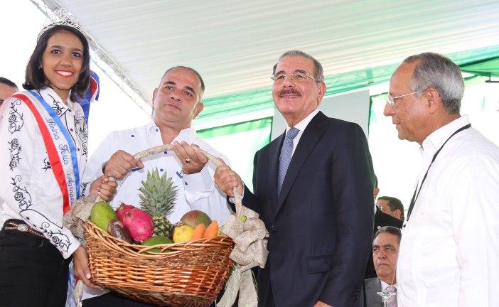 """Danilo Medina: """"El domingo es mi mejor día de trabajo"""""""