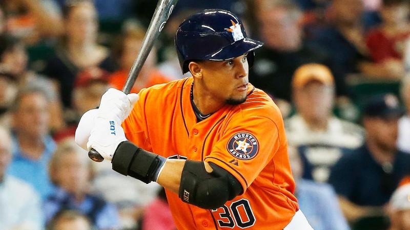 El dominicano Carlos Gómez aportó anoche  a la causa de los Astros