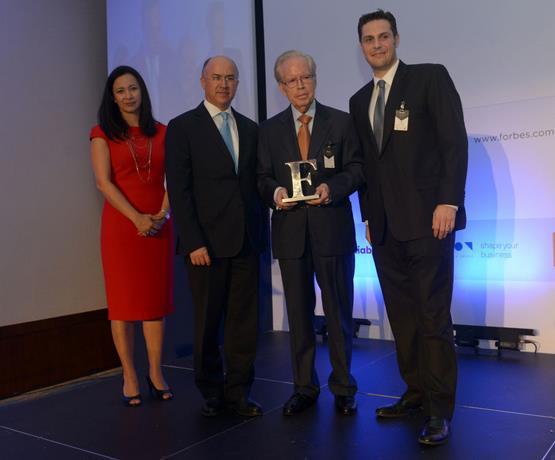 Revista Forbes galardona a Pepín Corripio