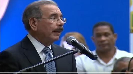 Danilo aboga por alianza pública-privada