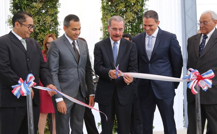 Inauguran en Santiago centro de imágenes médicas