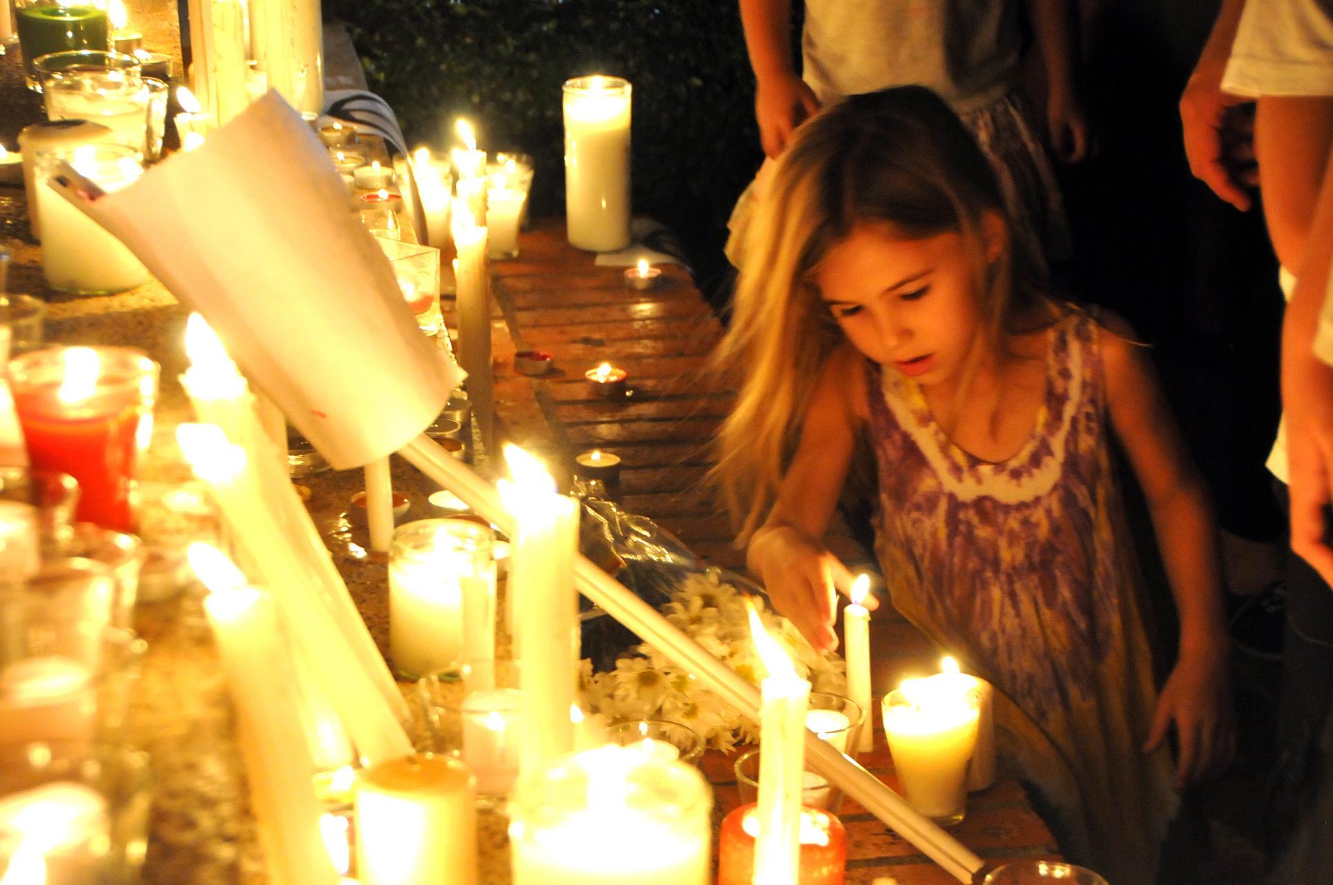 Franceses en República Dominicana realizan vigilia en solidaridad con víctimas de atentado