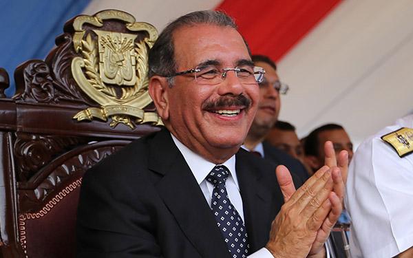 Medina felicita a comunicadores por motivo el Día Nacional del Periodista
