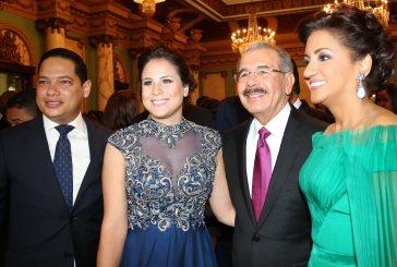 Presidente y Primera Dama ofrecen coctel a jefes de Estado e invitados