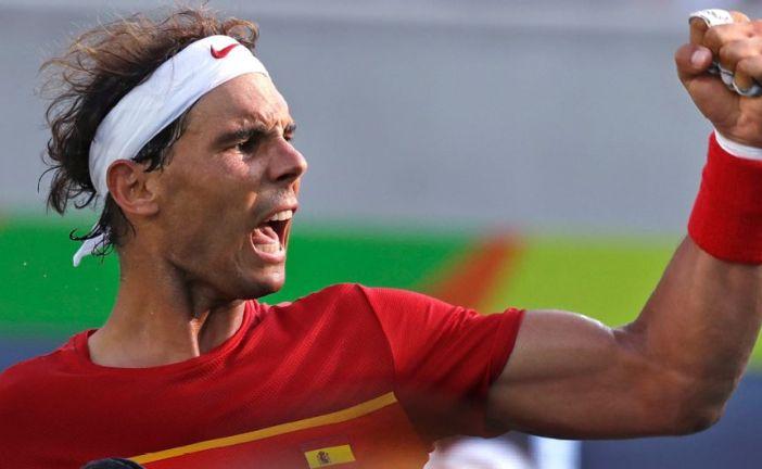 Nadal pasó a cuartos en singles y se aseguró medalla en dobles