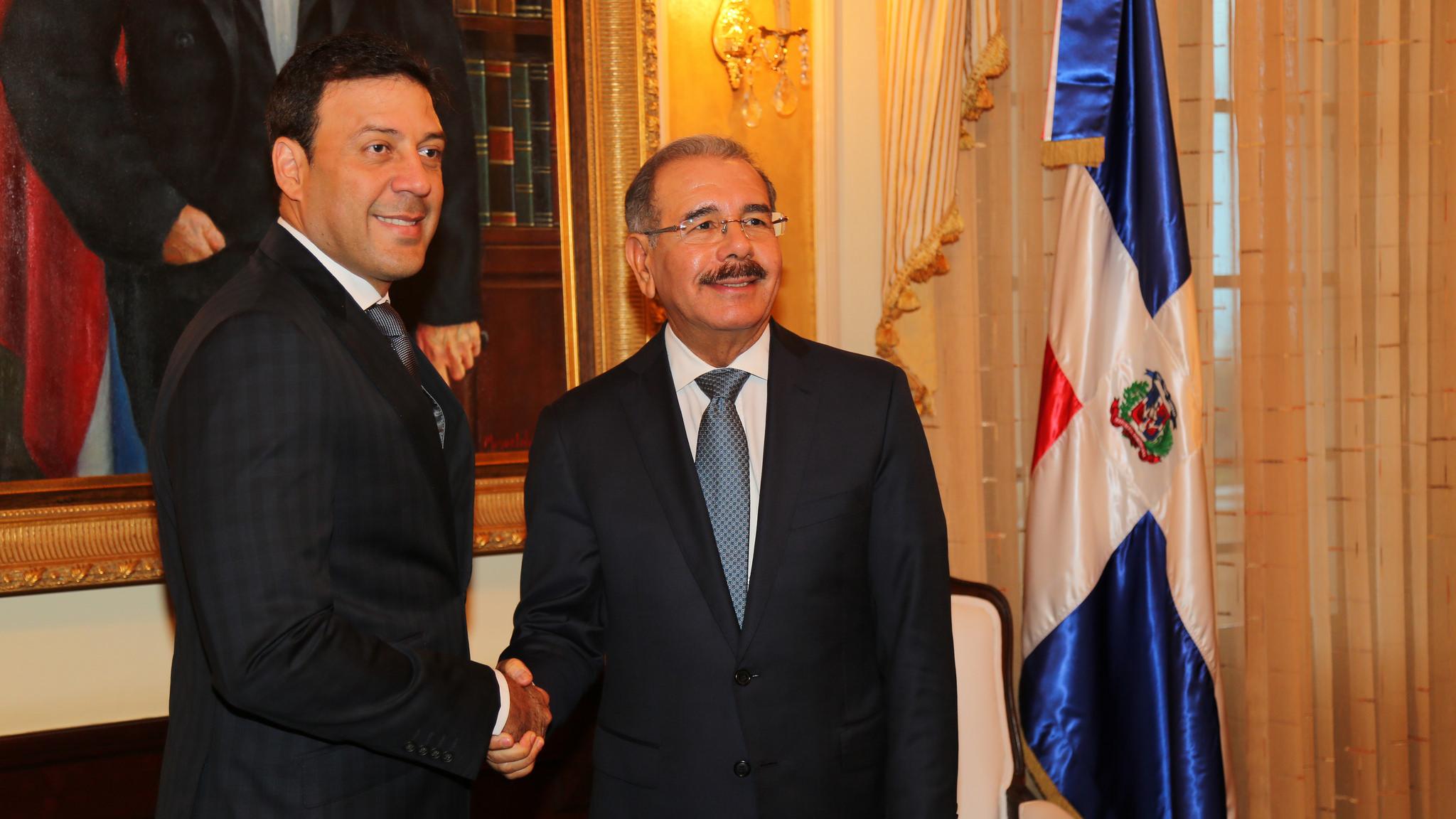 Danilo Medina se reúne con Canciller de Puerto Rico