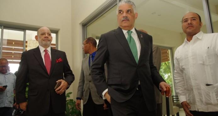 El canciller dominicano llega a Haití