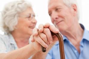 El sexo frecuente es riesgoso para los hombres mayores, pero no para las mujeres