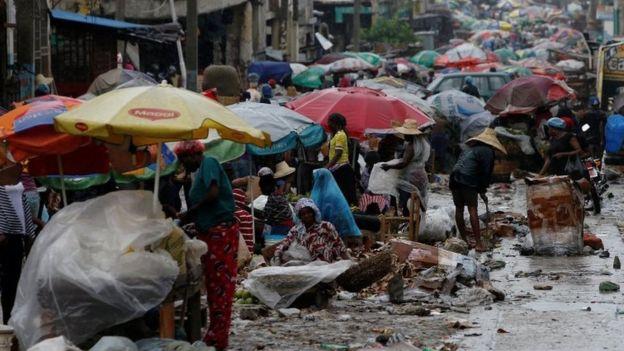El poderoso huracán Matthew deja Cuba y se dirige a Bahamas y Florida tras su devastador paso por Haití