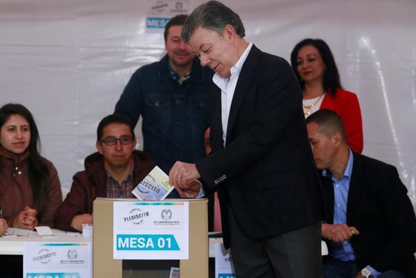 """Colombia votó """"No"""" a pacto de paz con FARC"""