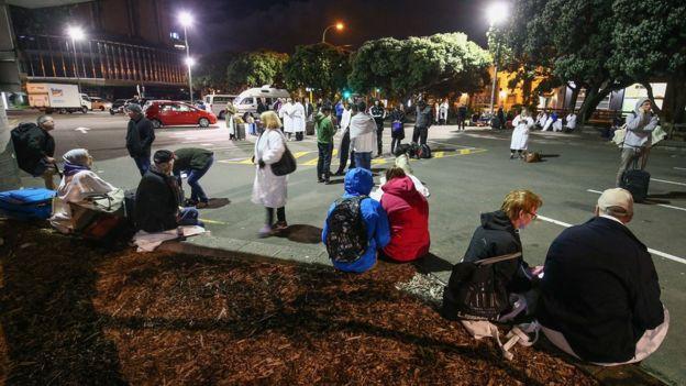 Potente terremoto y posterior tsunami dejan dos muertos en Nueva Zelanda